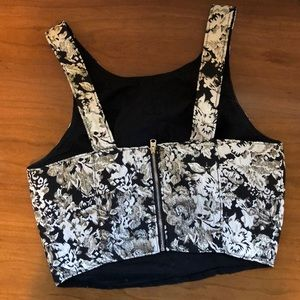 Abercrombie & Fitch Tops - Abercrombie & Fitch Black and Gold Crop